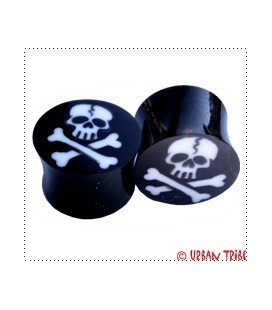 Pirate flag plug