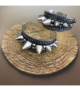 SPIKY TRIBE SILVER PLATED ****SALES***SOLDES