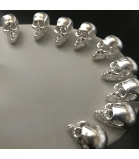 10 SILVER PLATED SKULLS BEADS